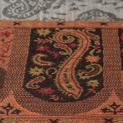 Pasiley shawl close up